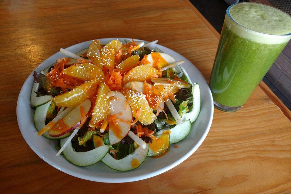 Empieza la semana saludable con la ensalada de la casa de «Nútrete»