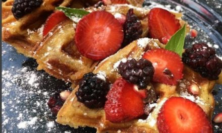 Waffles de frutos rojos en Viajante