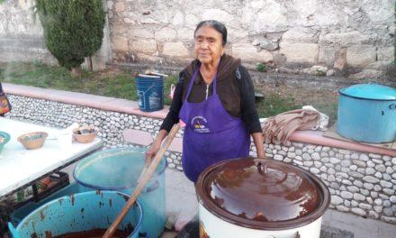 Doña Micaela, cocinera tradicional de Tamazulapam