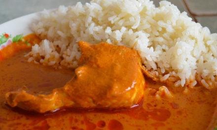Un delicioso coloradito de pollo en Miahuatlán