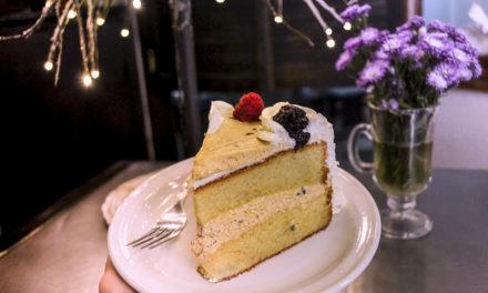 Pastel de maracuyá en La Cereza