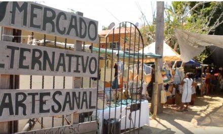 Natural y sin intermediarios, el mercado en Mazunte