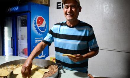 Tacos de tripa y tasajo «El Guero» |En la colonia 7 regiones