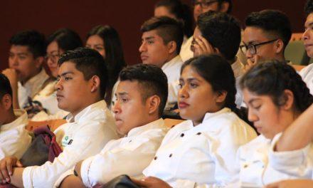 Llama chef a defender patrimonio e identidad gastronómica en México