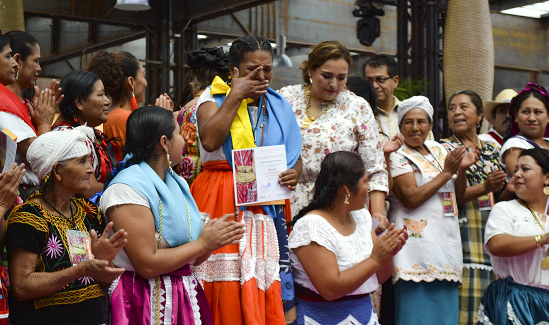 Reconocimiento a las cocineras tradicionales, a las mujeres de nuestro pueblo.