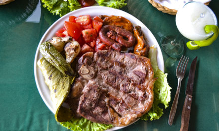 Los Chapulines, en Huajupan, toda una experiencia culinaria