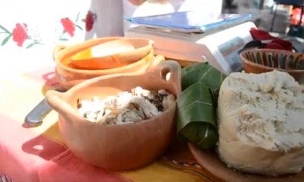 Tamal de pescado asado, herencia en Santa María Puxmetacán