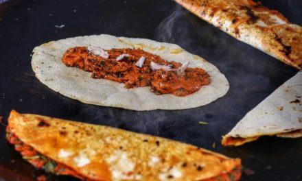Empanadas de San Antonino en el tianguis de los miércoles