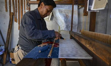 Bii Daüü, el arte textil con tintes naturales