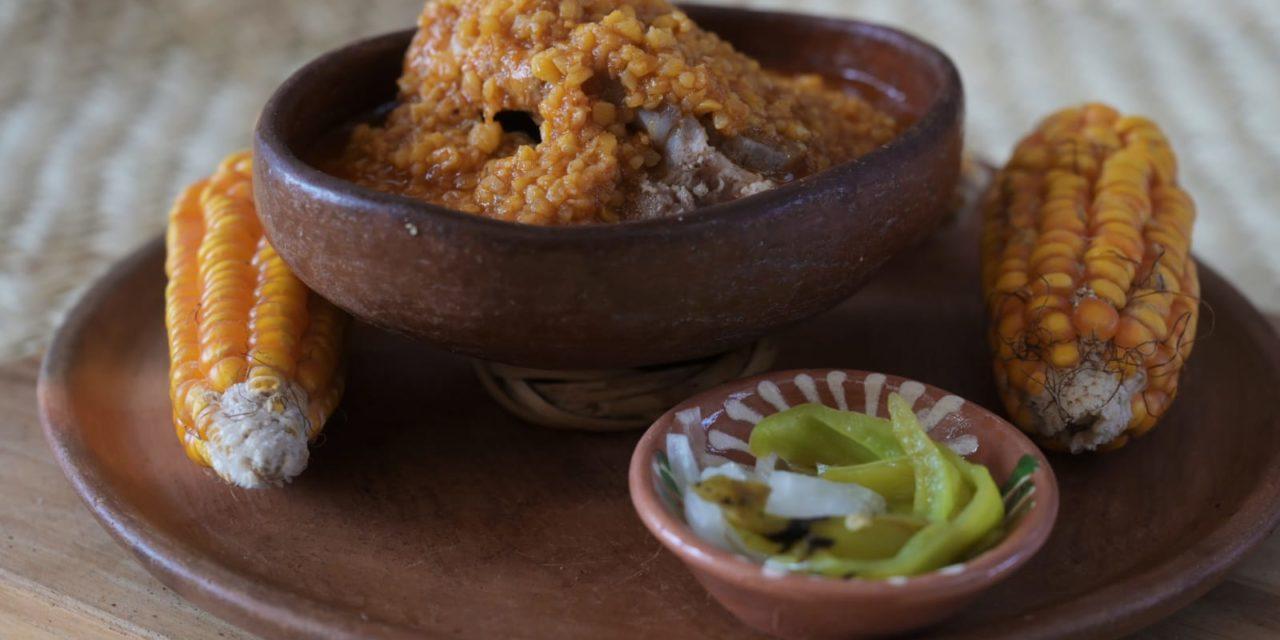Destaca cocina oaxaqueña en la Guelaguetza